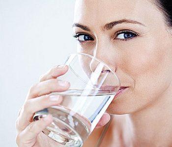 7 beneficii dovedite stintific ale consumului regulat de apa